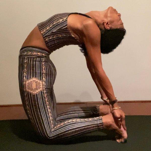 Iris Reyes critical alignment | Ustrasana | Online yoga classes